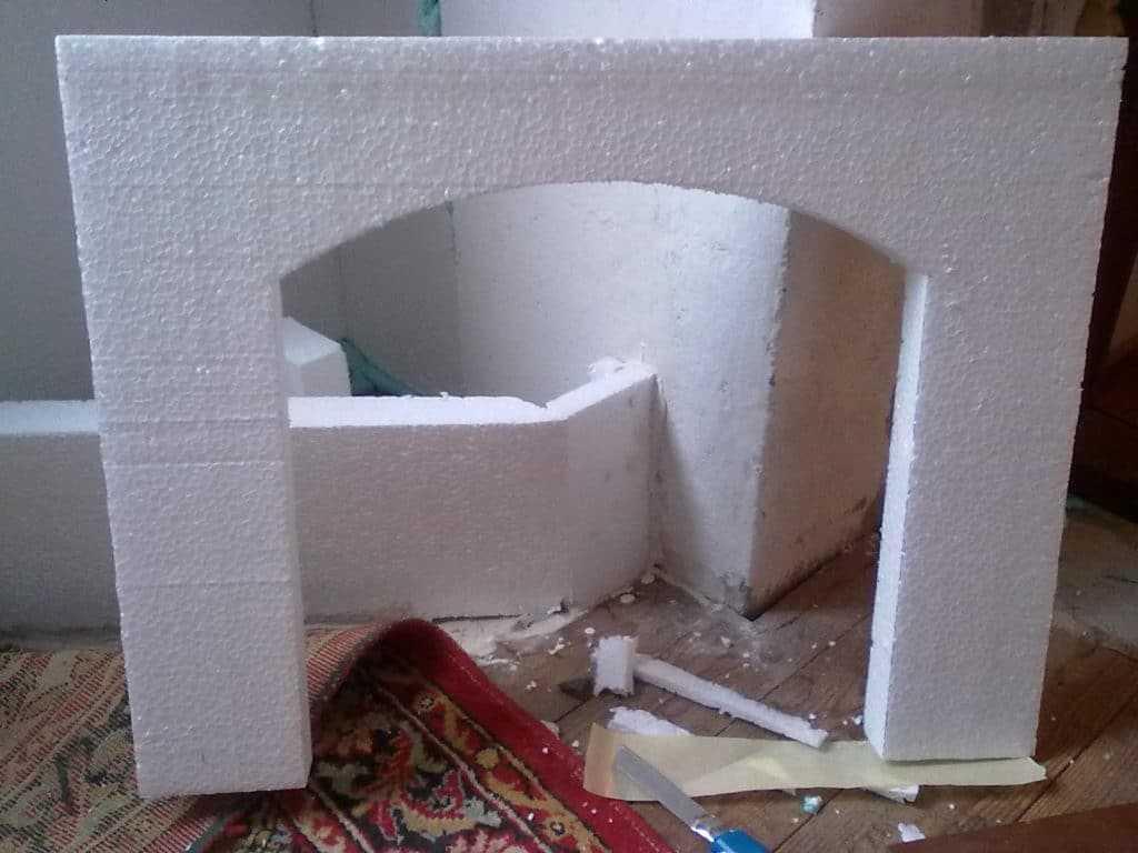 Изготовление камина из пенопласта