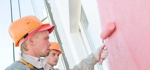 Нанесение акриловой фасадной краски