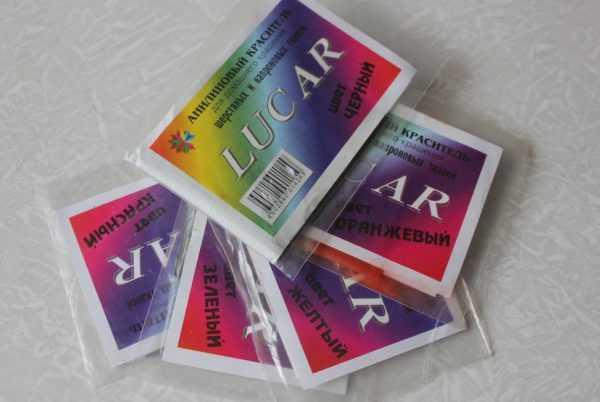 Анилиновые красители для шерстяных и капроновых ткеней
