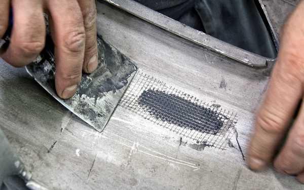 Применение стекловолокна упрощает ремонт машины