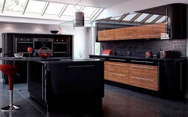 Два темных оттенка в интерьере кухни