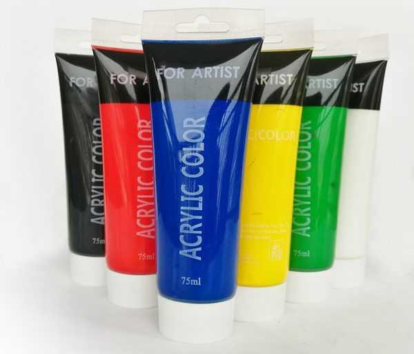 Для раскраски цветочных горшков лучше всего использовать акриловые краски