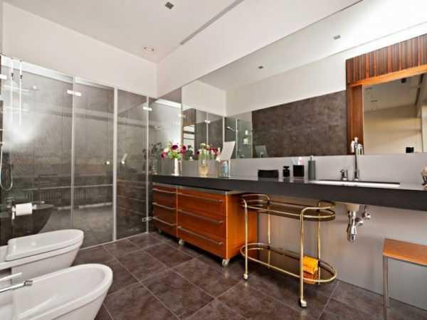 Большая и удобная ванная комната