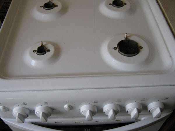 Газовая плита с эмалированным покрытием