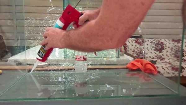 Герметизация аквариума