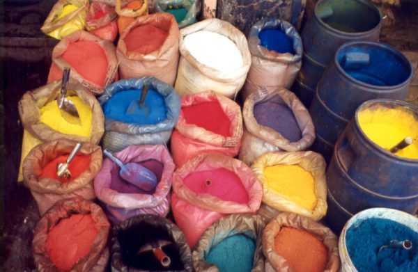 Готовые искусственные красители для бетона