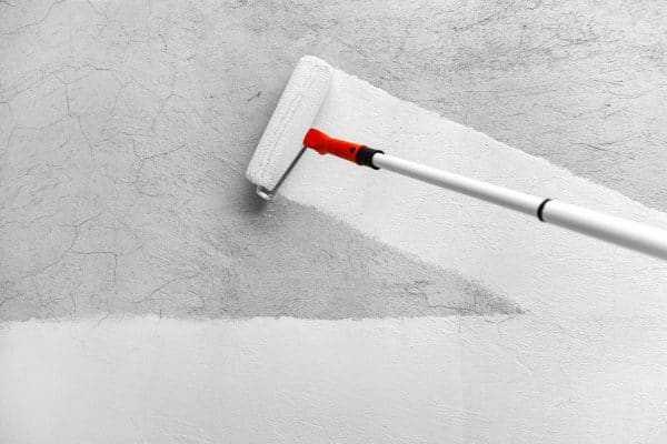 Грунтование стен под покраску