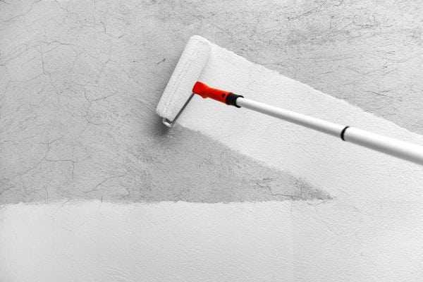 Грунтовка стен перед шпаклеванием