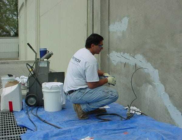 Инъектирование бетона низковязкой смолой