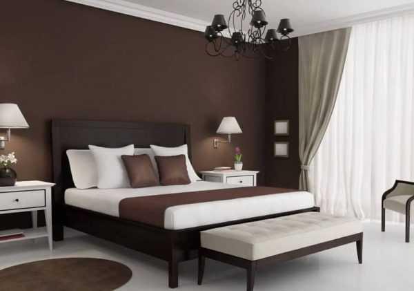 Дизайн спальни выполненной в темно-коричневых оттенках