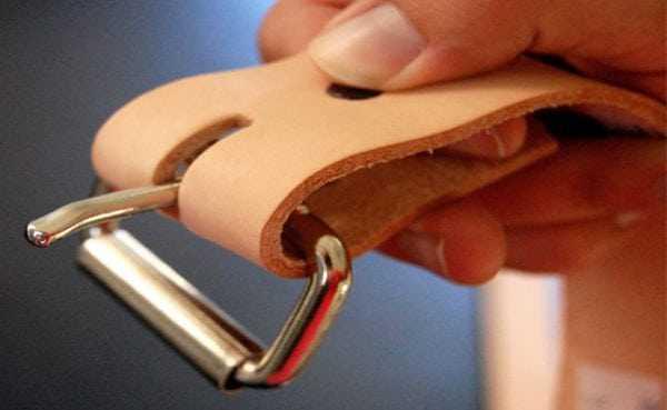 В7000 подходит для склеивания изделий из кожи
