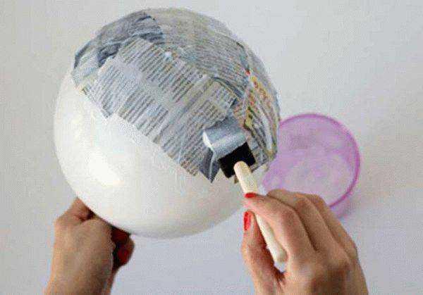 Клейстер применяется для изготовления папье-маше и других поделок