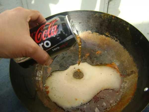 Кока-кола отмывает ржавчину