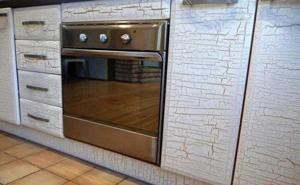 Кракелюр на кухонных фасадах