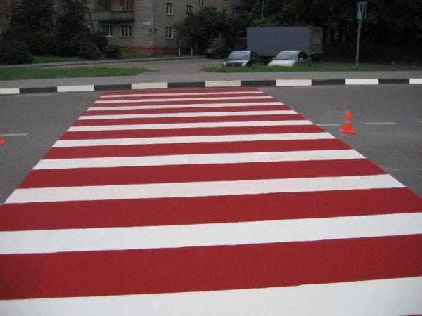 Краска АК-511 красная для дорожной разметки
