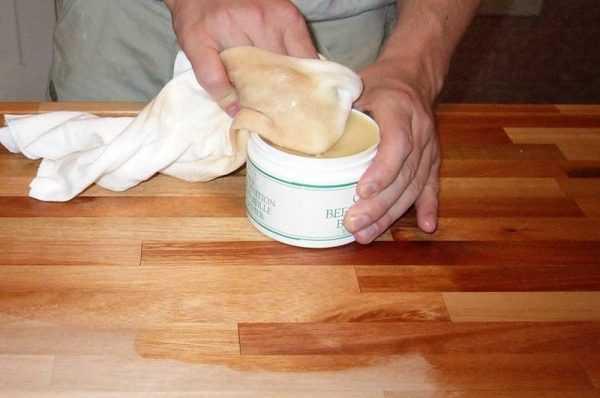 Нанесение масла-воска
