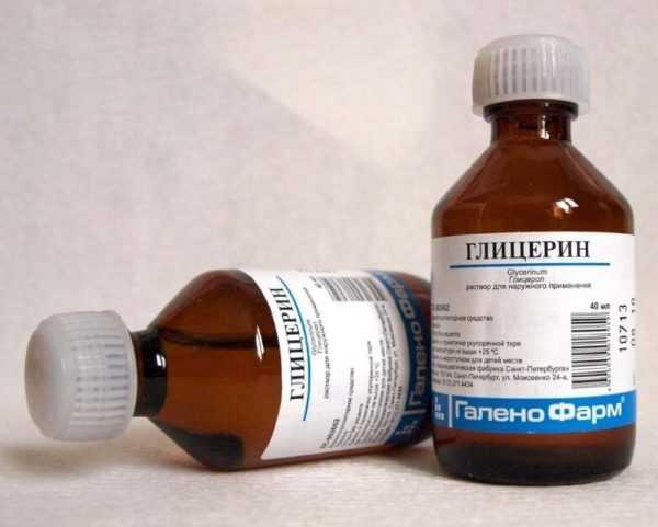 Для удаления пятен ржавчины можно использовать мел с глицерином