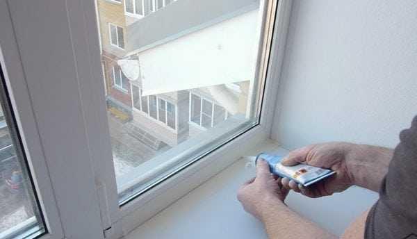 Космофен жидкий пластик обычно используется при монтаже пластиковых окон