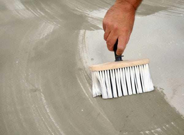 Защита бетона грунтовкой