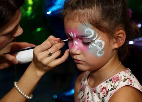 Нанесение рисунка на лицо ребенка