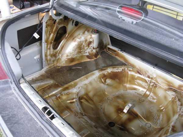 Обработка багажника пушсалом