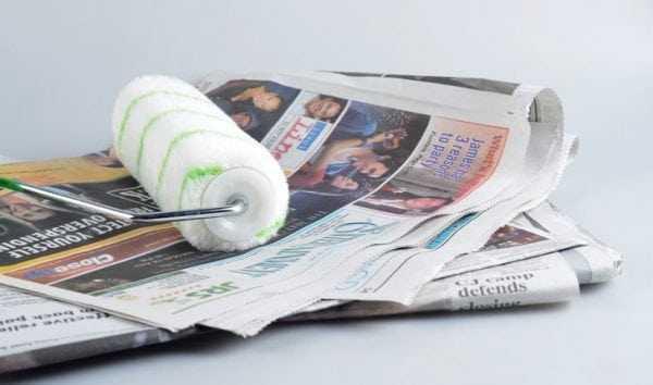 Чистка валика об газету