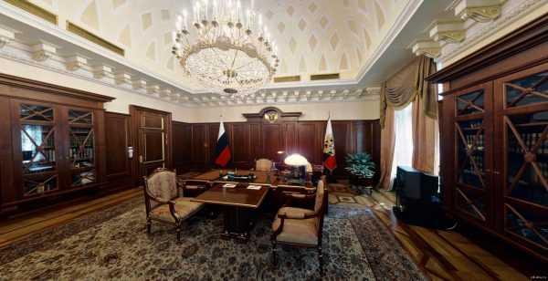 Оформление рабочего кабинета Владимира Путина в Кремле