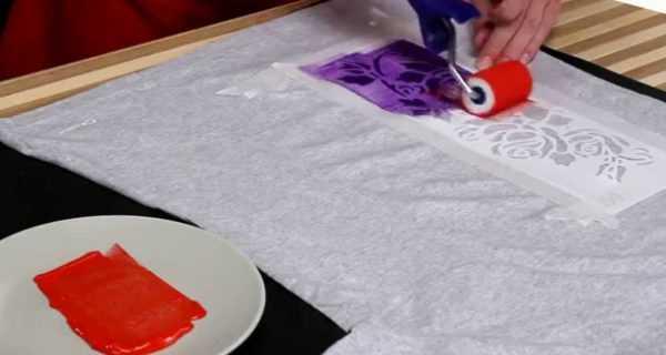 Окраска ткани с помощью трафарета