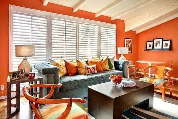 Апельсиновый удачно сочетается с белым