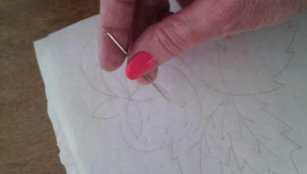 Перенос рисунка на ткань с помощью папиросной бумаги