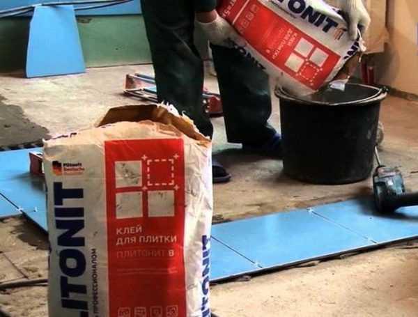 Подходит для монтажа плитки на различные поверхности