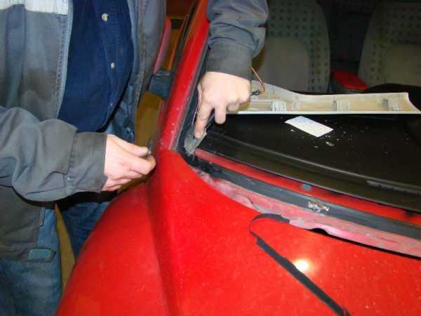 Подготовка места под лобовое стекло