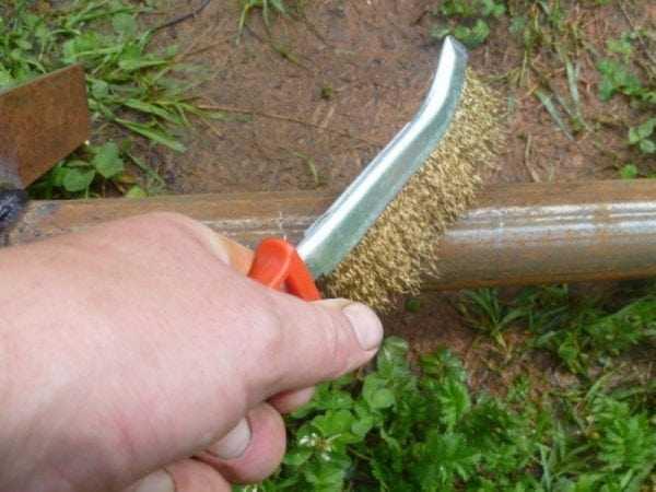 Подготовка металлической поверхности к нанесению грунтовки