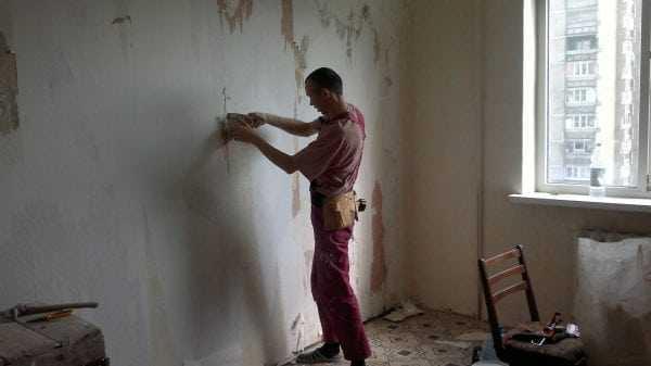 Подготовка стен под покраску с эффектом трещин