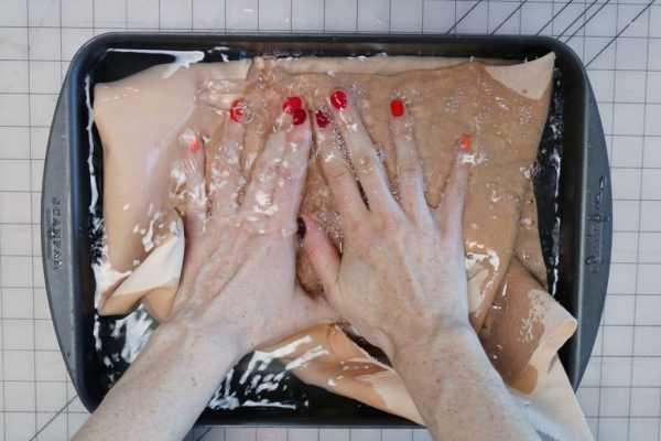 Покраска кожи методом замачивания