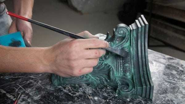 Декорирование металла краской