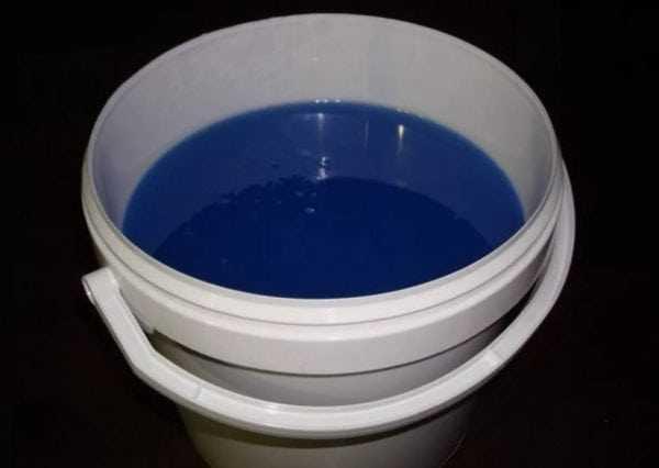 Полиэфирная смола является продуктом нефтехимии