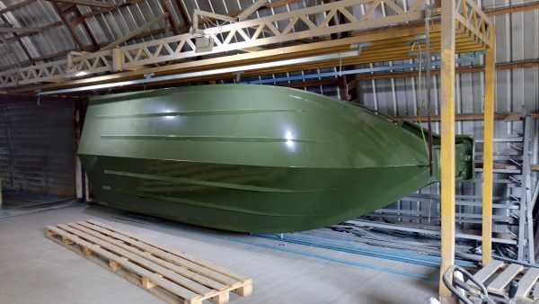 Порошковая покраска алюминиевой лодки
