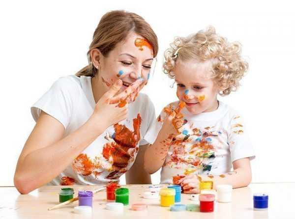 Начинать занятия с пальчиковыми красками рекомендовано с 3 лет