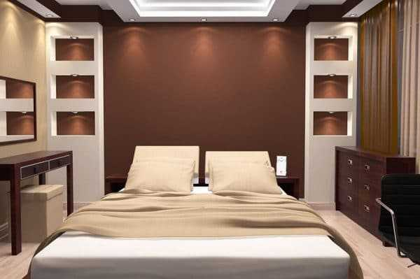Спальня с коричневыми и бежевыми оттенками