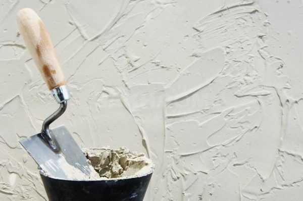 Создание декоративного покрытия с помощью кельмы