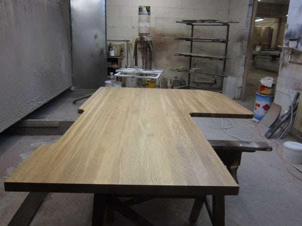 Столешница изготовленная из дерева