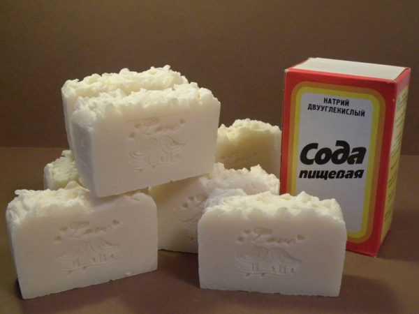 Восковый состав можно приготовить из мыла и соды